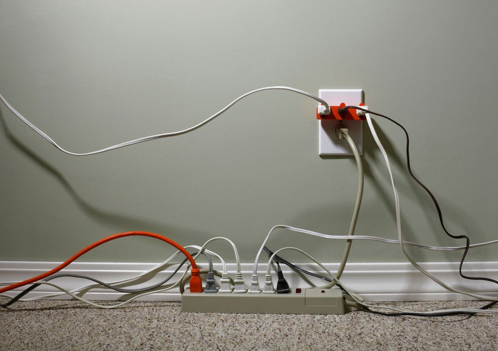 How to Detect Faulty Electrical Wiring in a Rental Property