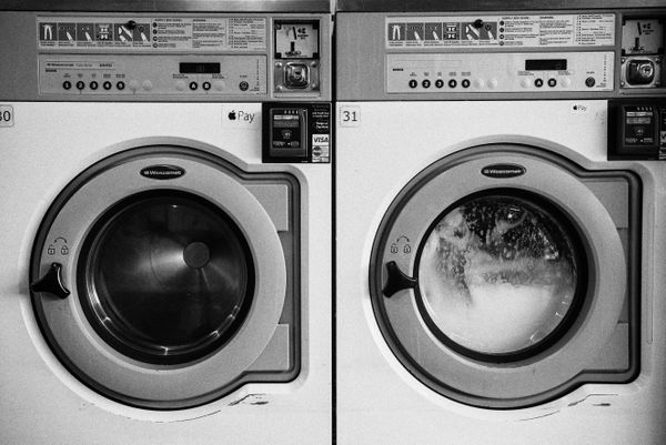 6 Signs You Need a New Washing Machine